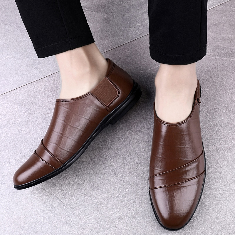 2021 Style Fashion Men's Shoes Casual Genuine Leather Loafers Male Classic Brown Or Black Slip On Shoe Man Driving Shoes For Men