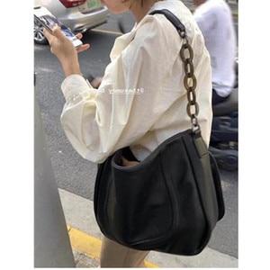 Retro Chain Large Shoulder Bag Women Travel Bags pu Leather Luxury Handbags Women Casual Brand Tote Designer Sac A Main Femme