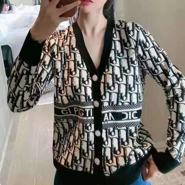 Europe station 2021 spring and autumn new top fashion brand letter printing knitting cardigan V-neck loose sweater women
