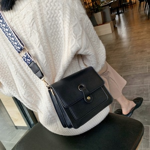 New ladies bag simple western style shoulder bag student messenger bag multi-functional leisure all-match small square bag