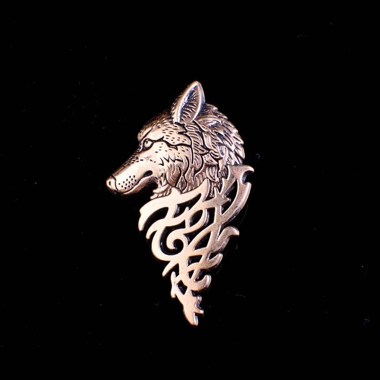Nuevo Lobo Totem cabeza Broche insignias Broche hombres corriendo Pin Mary broches...