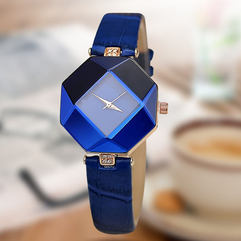 Fashion Women Watches Gem Cut Geometry Crystal Leather Quartz Wristwatches Casual Ladies Watches Gif