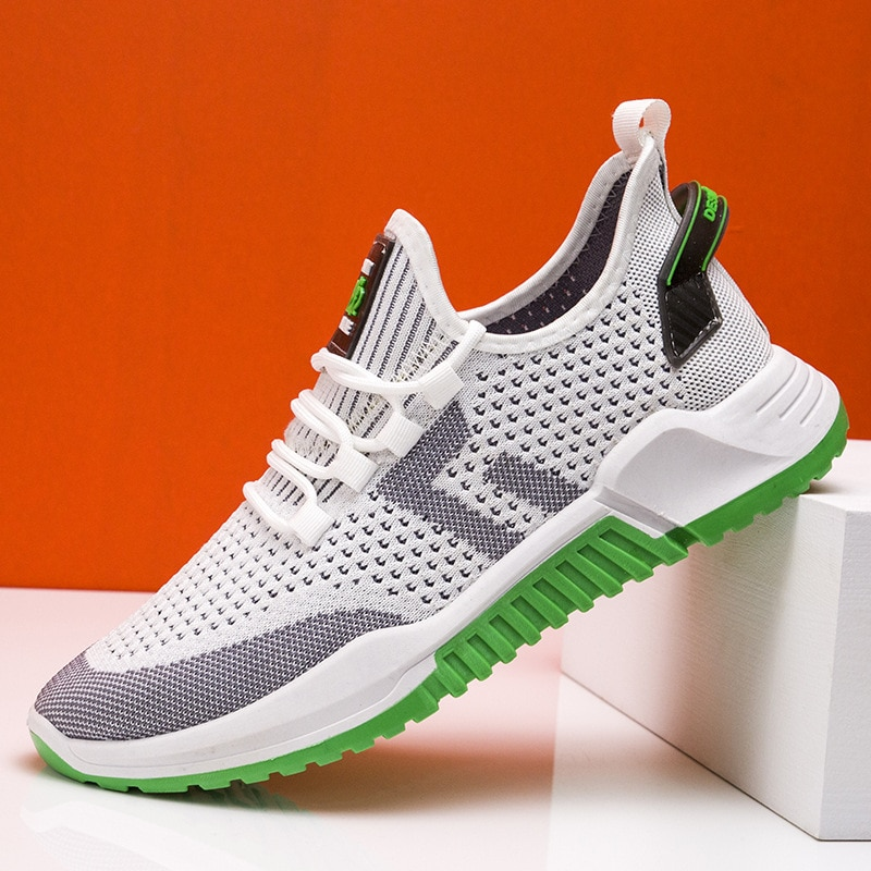 New Style Thick Bottom Running Shoes for Men White Sneakers Outdoor Sport Shoes Man Training Athletic Jogging Shoes  Unisex