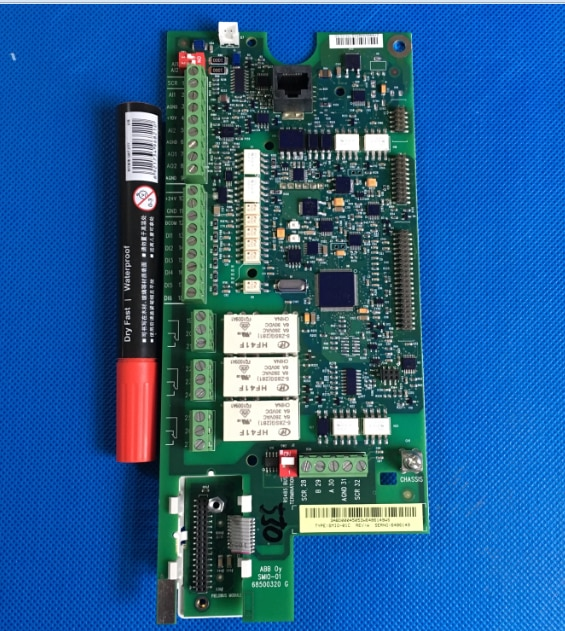 ABB العاكس ACS550 سلسلة 15/22/30/37/45KW اللوحة وحدة المعالجة المركزية مجلس Io التحكم مجلس SMIO-01C