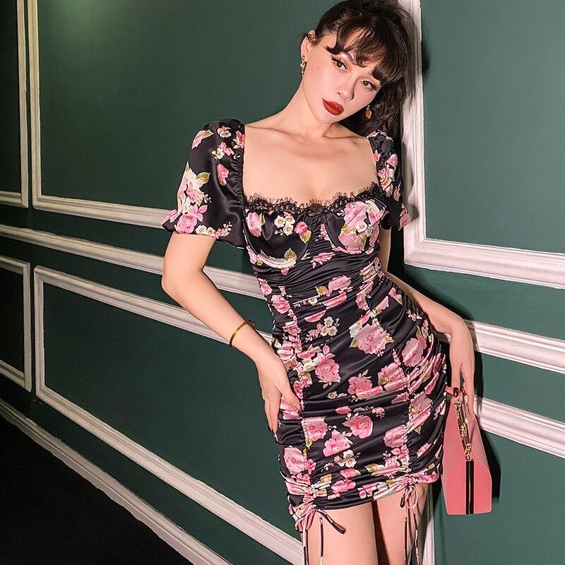 2020 verano Show Body plisado volver flor patrón Puff manga Vintage vestidos Mini cordón Sexy Vestido ligero elasticidad