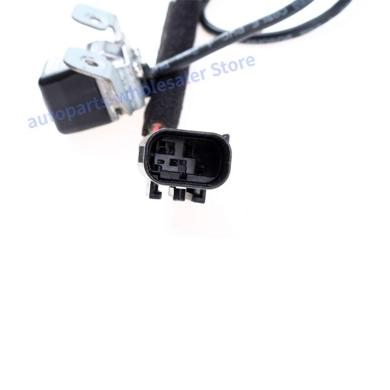 Car Reverse Camera BackUp 95790-2S011 957902S011 957902S012 95790-2S012 For Hyundai IX35 Tucson 2010-2013  View Camera
