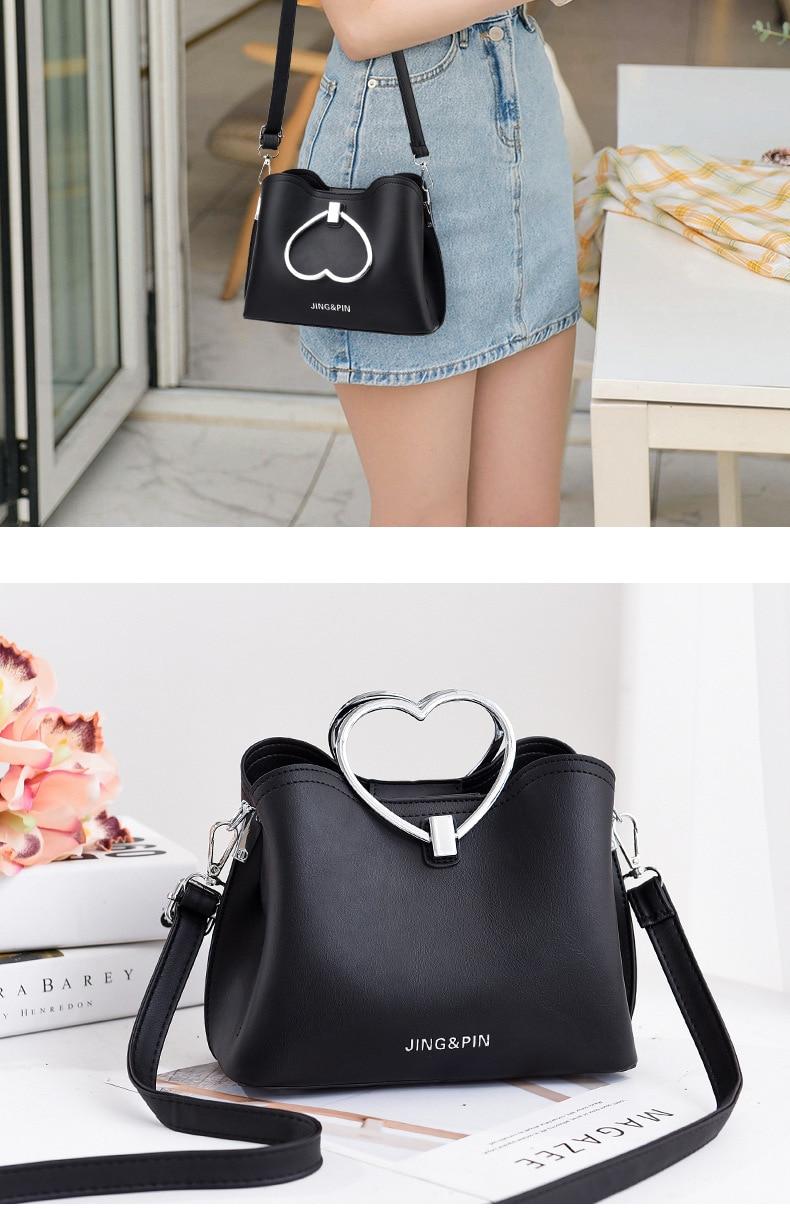 dm prime fênix modelo com a bolsa de couro preta