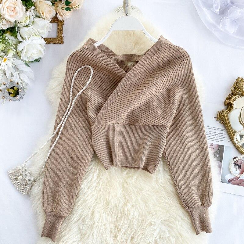 220 New  V-neck Fashion Bright Silk Sweater Women's Autumn Bat Sleeves Short Waist Bottoming Shirt Winter Clothes Women