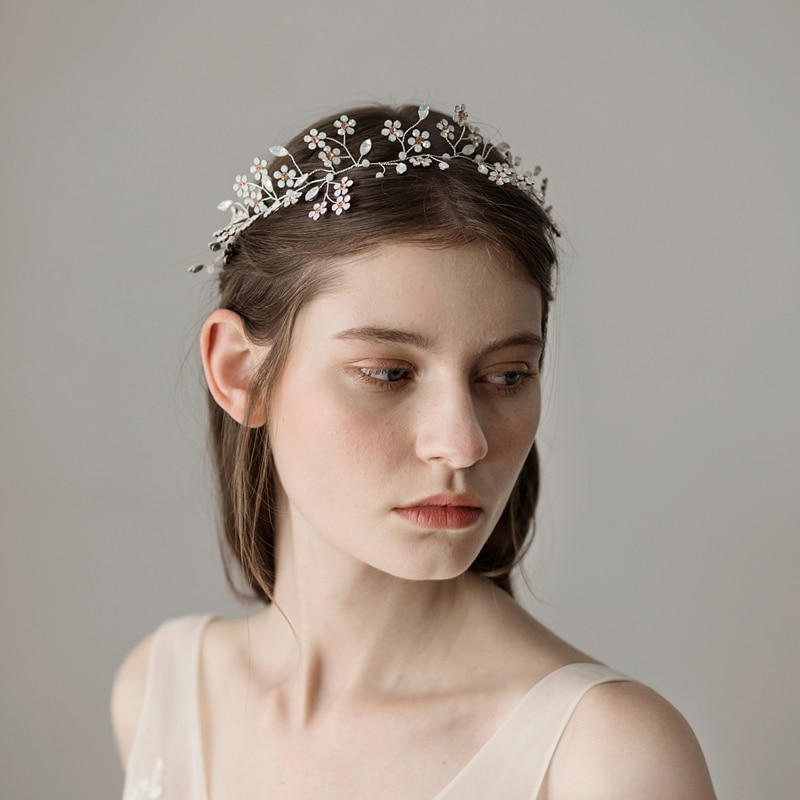O353 رشيقة نقية الزهور هيربيسيس الزفاف الملكي خوذة الزفاف كاتدرائية الزفاف هيرباند عقال