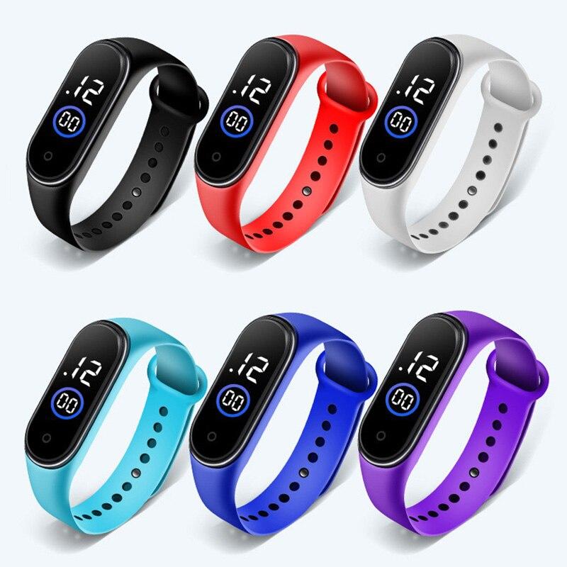 Водонепроницаемые спортивные часы-браслет, светодиодные электронные цифровые часы для девочек и мальчиков, детские цифровые наручные часы...