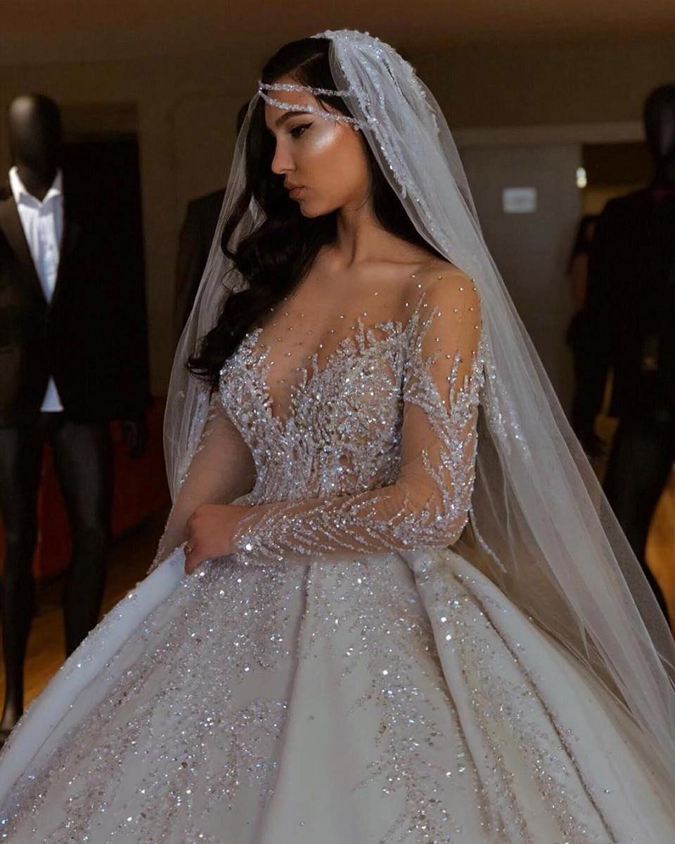 Robe de bal arabe de dubaï, grande taille, décolleté en cœur, dos nu, balayage, traîne, mariée, Bling, perles, paillettes de luxe