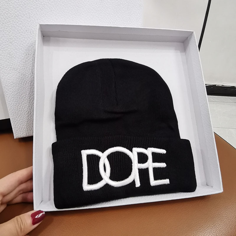 HT526 Winter Hats for Woman dope Beanies Knitted Solid Cute Hat Girls Autumn Female Beanie Caps Warm