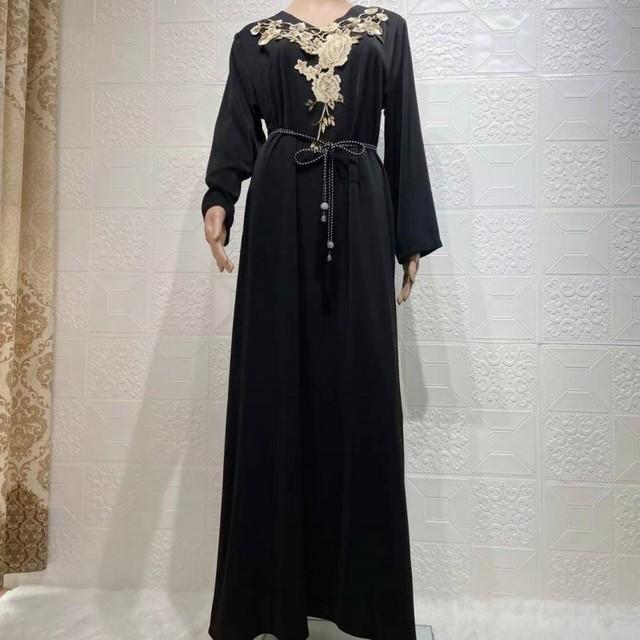 Muslim Long Kaftan Dress Women Full Sleeve Loose Gowns Robes Fashion Floral Embroidery Elegant Dubai Islam Ramadan Muslim Dress
