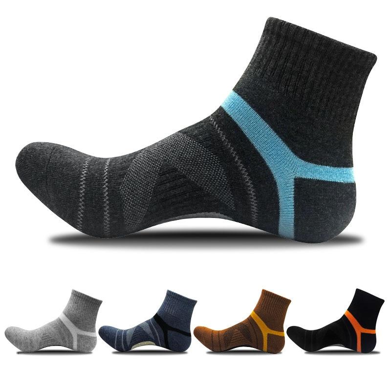 Мужские носки, новые модные спортивные хлопковые носки для улицы, баскетбольные носки средней длины в западном стиле, мужские носки