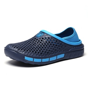 2021 Men Sandals Light Outdoor Beach Vacation Sandals Casual Shoes Fashion Outdoor Slippers Male Water Shoes Sandalia Men Shoes