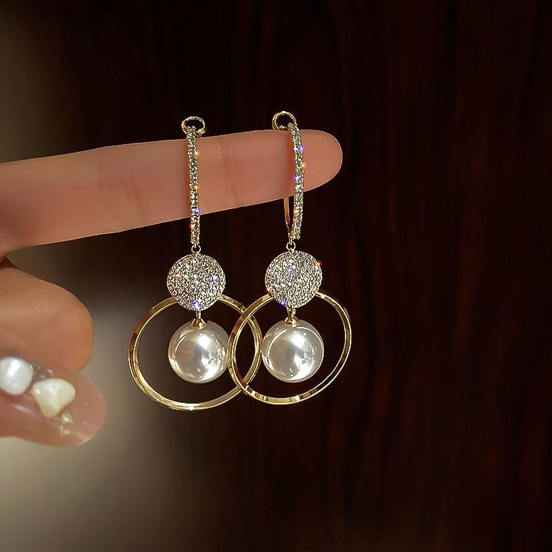 2021 New Fashion Korean Oversized White Pearl Drop Earrings for Women Bohemian Golden Round Zircon Wedding Earrings Jewelry Gift