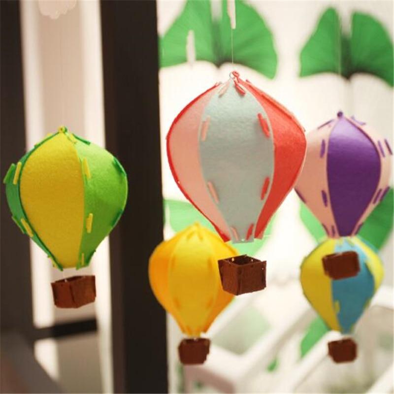 1 Juego de globos de aire caliente de fieltro de colores en 3D, Bandera de decoración para el hogar, cumpleaños, lindas decoraciones con nube, habitación de bebé, globo de aire caliente ESTÉREO