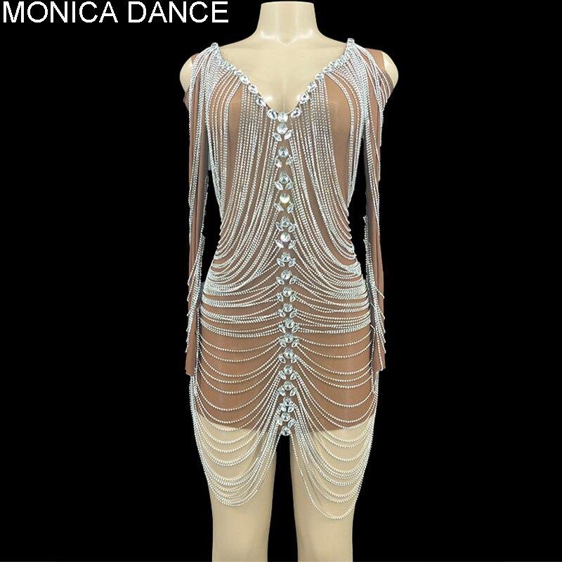 المرأة مثير المرحلة عارية تان طويلة الأكمام الفضة حجر الراين سلاسل فستان سهرة عيد ميلاد شفافة الزي راقصة فستان مثير