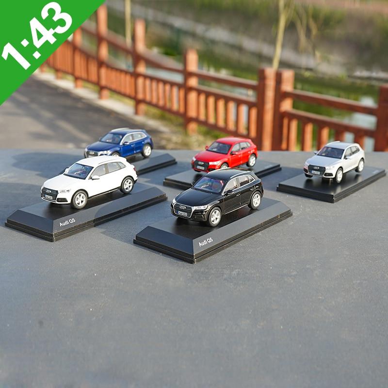 1:43 Q5 AUDI Q5 Alloy Model Car Static high simulation Metal Model Vehicles With Original Box