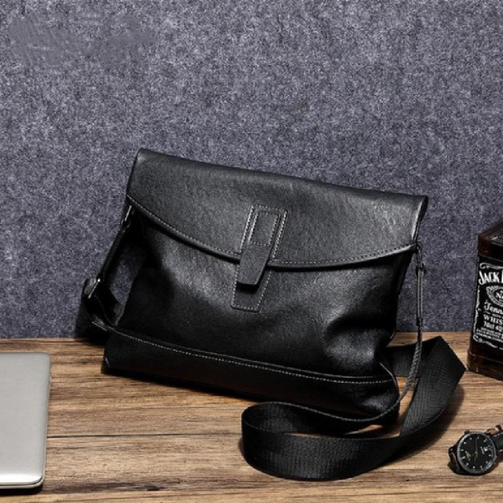 Men's shoulder bag fashion sports leather cross-body bag soft leather backpack men's simple atmosphere solid color casual bag