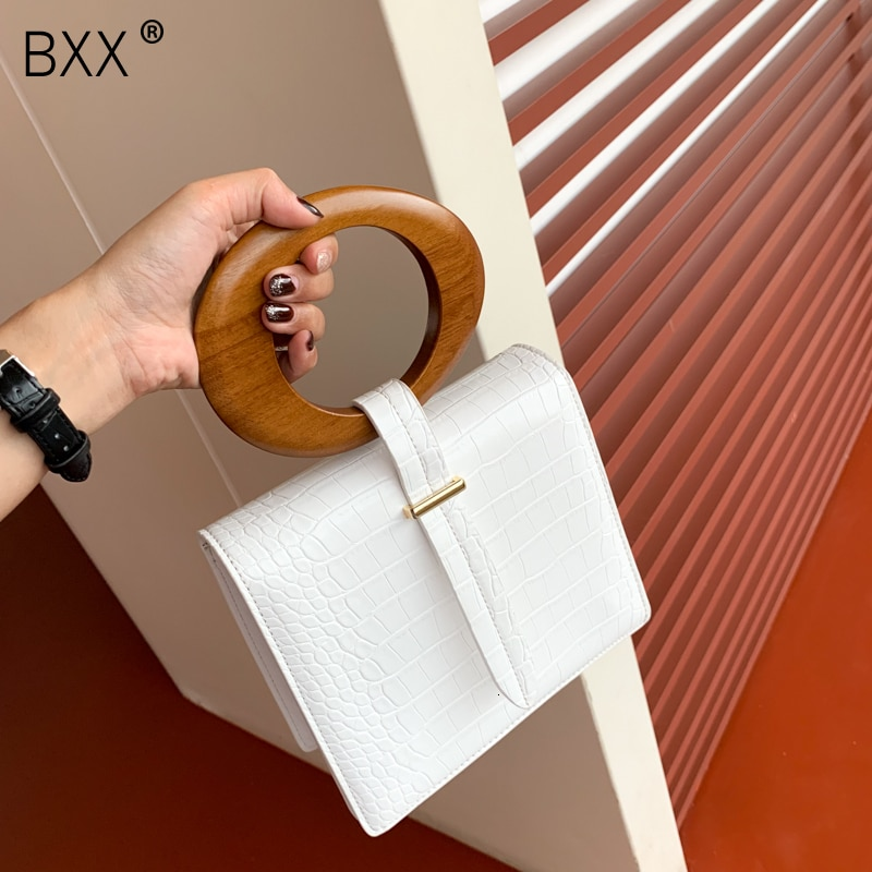[BXX] 2021 High Quality Luxury Spring Summer Fashion New Temperament Round Wood Handle Flap Handbag Lady All Match Bag LM601
