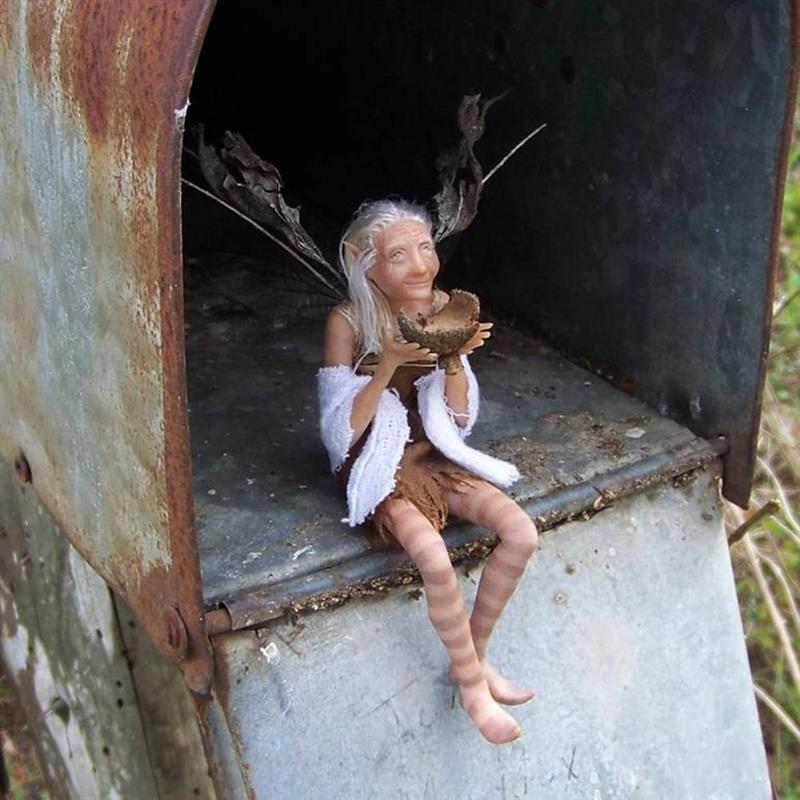 Lorelai Elves Fairy Statue Old women Sculpture Gnomes Craft Statue Craft Outdoor Ornamen for Garden