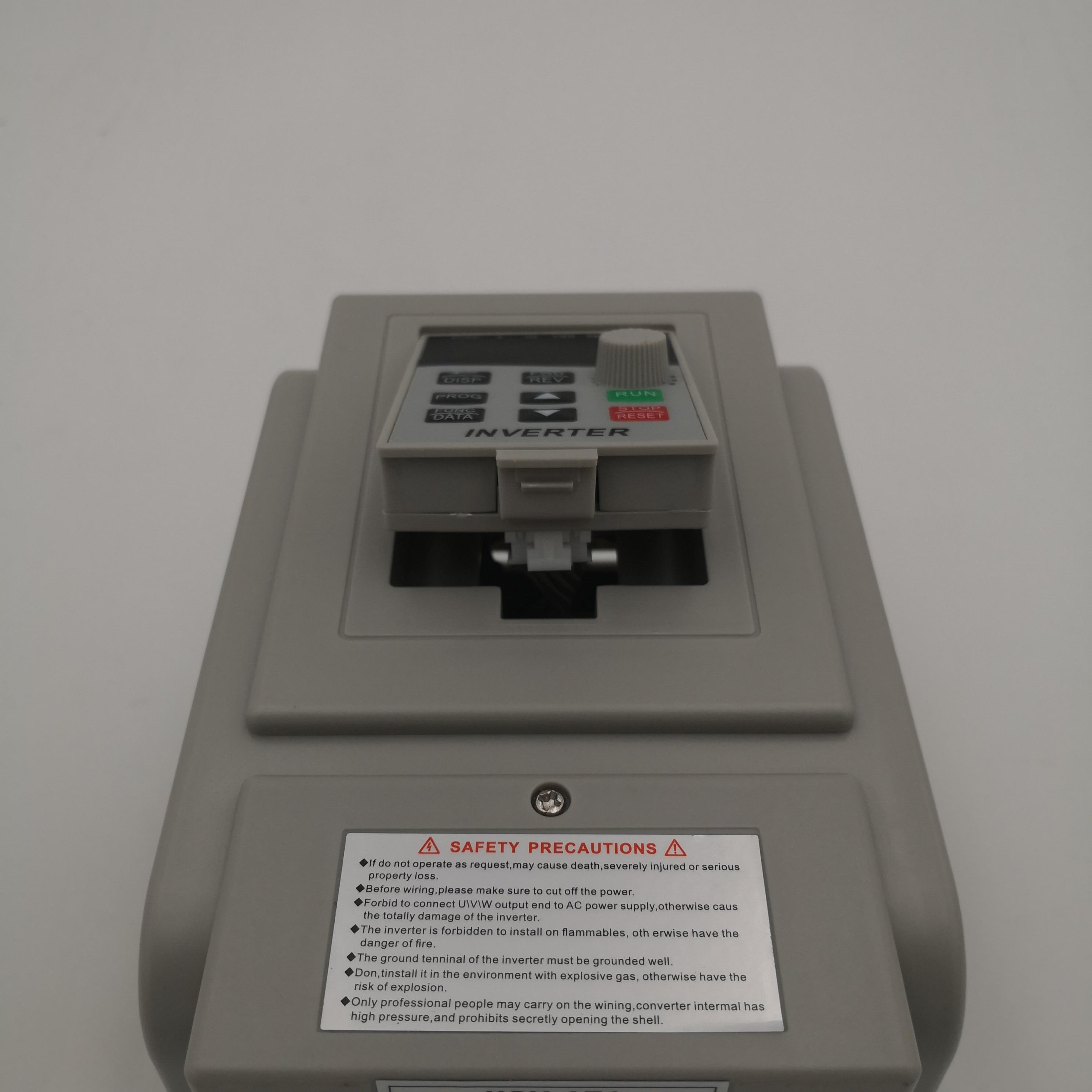 Reembolso VFD 220V 1 P-220 v 3P frecuencia convertidor combinado por 61,58 USD