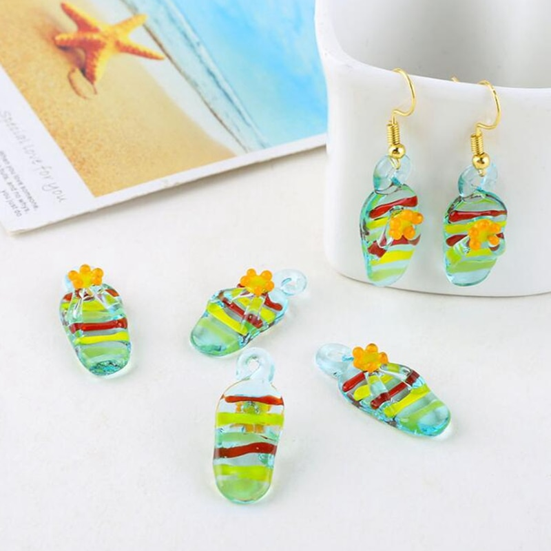 10Pcs/lot Resin beach slippers Charms For DIY Fashion Earrings Jewelry Making Finding Accessories retro resin earrings marble texture round circle ring charms 10pcs lot for diy drop earrings jewelry making accessories