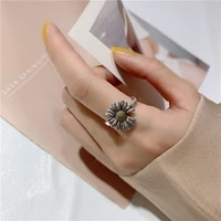classic personality retro daisy flower ring simple punk silver plated women opening ring trend women elegant cocktail jewelry