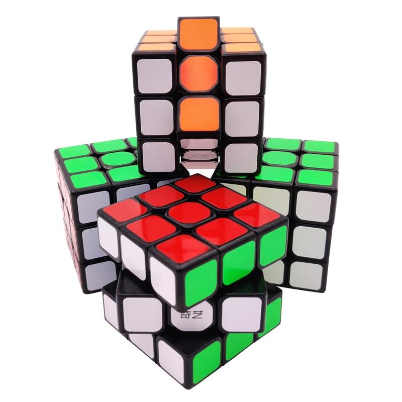קוביה הונגרית 3x3 של חברת Rubik