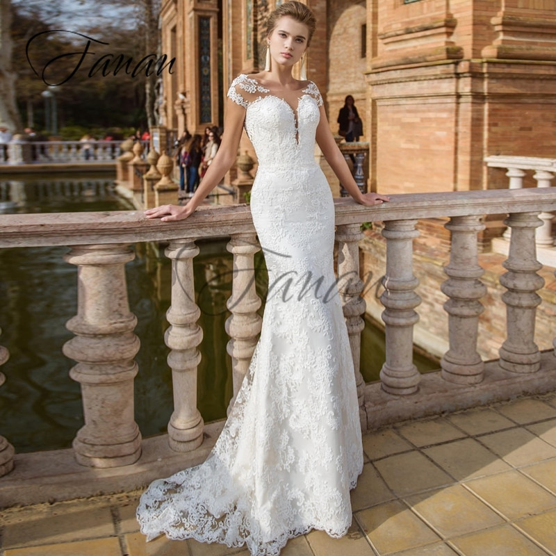 Promo Scoop Neck Short Sleeve Lace Appliques Wedding Dresses Backless Sweep Train Bridal Gown vestido de noiva Свадебное платье
