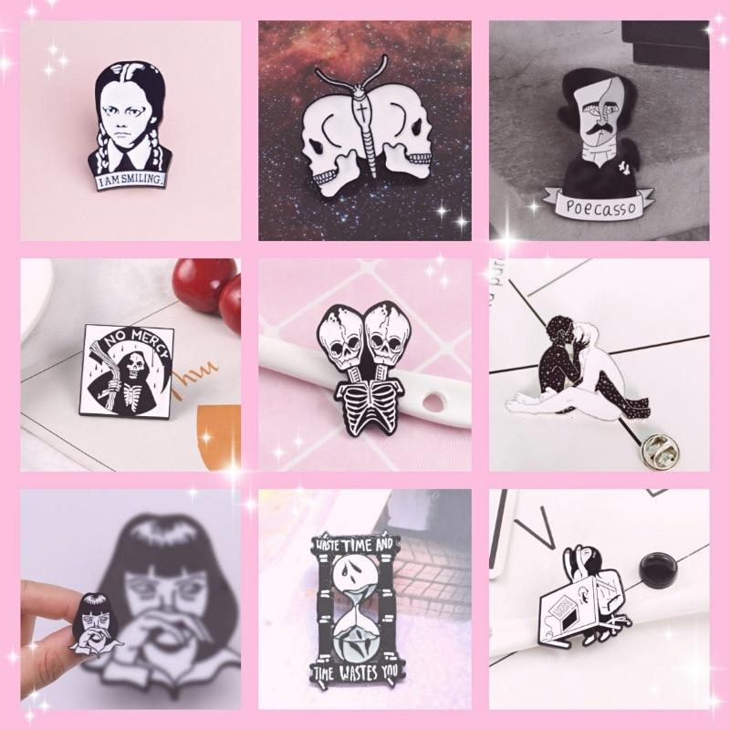 Personaje Avatar calavera esqueleto esmalte pin blanco broche bolsa ropa solapa Pin Sasha Away insignia de dibujos animados joyería regalo para las personas