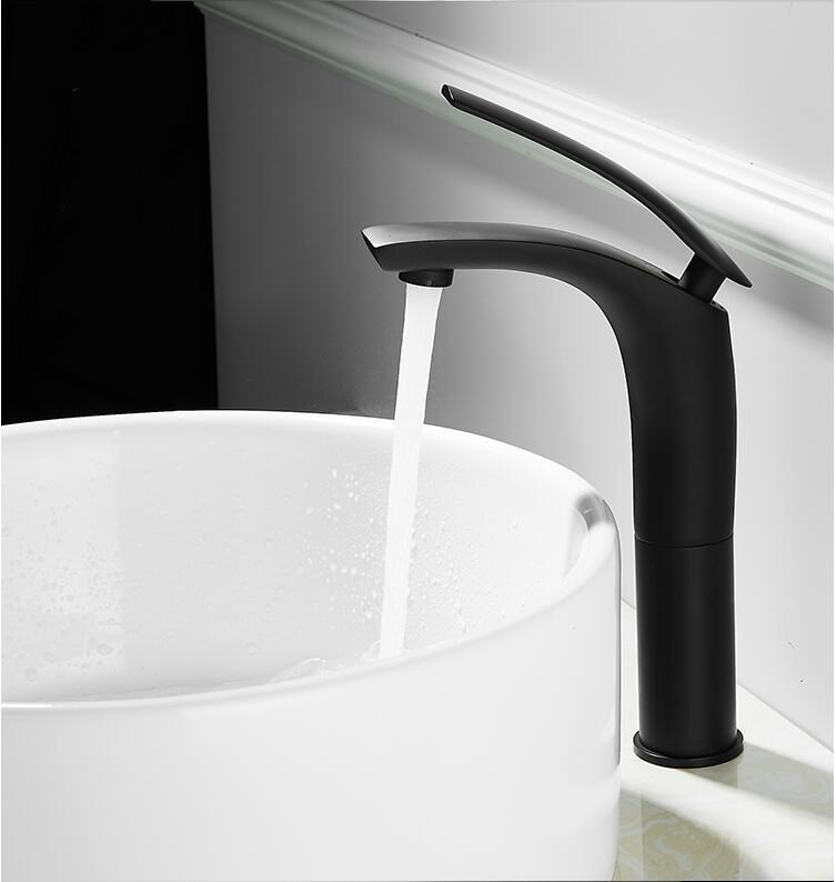 2021 Basin Faucet White and Black Baking Solid Brass Specail Sink Mixer Tap Hot & Cold Waterfall Free Shipping