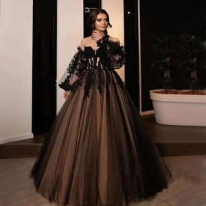 Black evening Dresses with Puffy Sleeves Sweetheart Appliques A-Line Gothic Victoria evening Gowns party prom Dresses