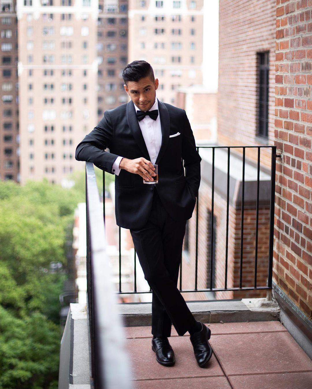 تصميم جديد ملابس رجالي تلائم الرجل النحيف البدلة السوداء شال التلبيب العريس أفضل رجل سهرة 2 قطعة (سترة + بانت) مخصص الزفاف للرجل البدلة