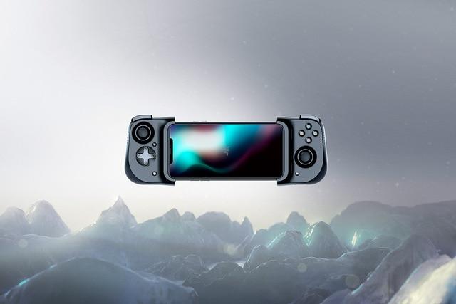 Razer Kishi Universal Gaming Controller for iPhone X, 11, 12 - Apple Arcade, Huawei Xiaomi Luna, Google Stadia MFi Certified