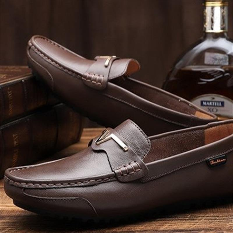 2021 New Men's Shoes Fashion Trend Solid Color PU Classic Car Stitching Metal Decoration Comfortable Soft Casual Loafers ZQ0336