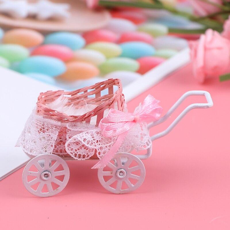 1 unidad, bonita y creativa decoración rosa para casa de muñecas, accesorios en miniatura, maqueta de carroza para bebé, accesorios para casas de muñecas, juguetes de regalo