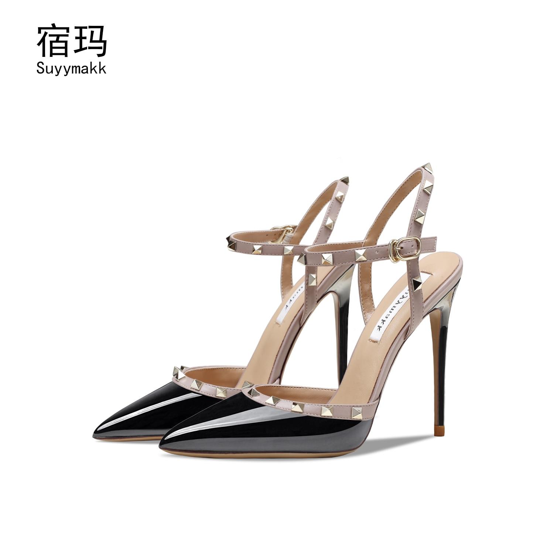 2021 Sandals Summer Classic Black Women Pumps Elegant Wedding Shoes Sexy Pointed Toe Rivet Patent Le
