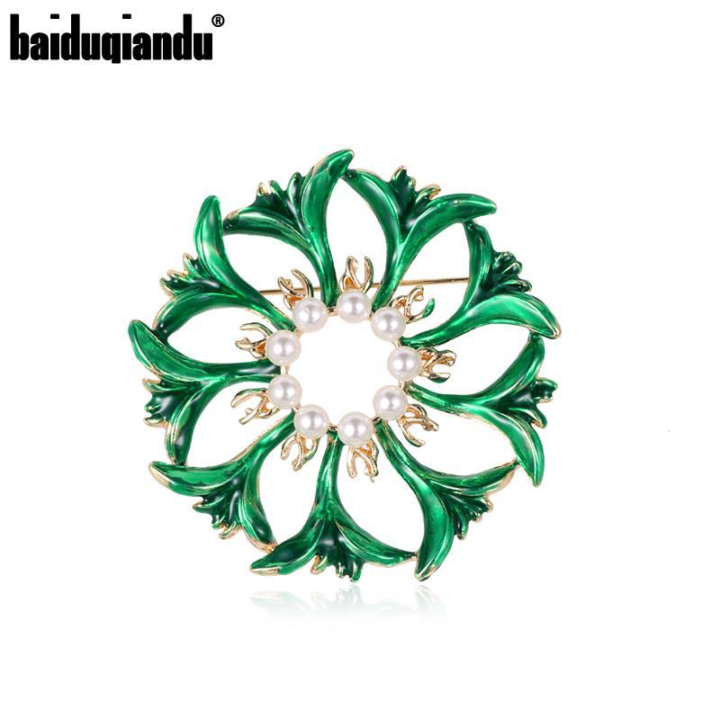 baiduqiandu Creative Enamel Green Flower Brooch Pins Simulated Pearl Brooches for Women Hijab Scarf Clip Jewelry