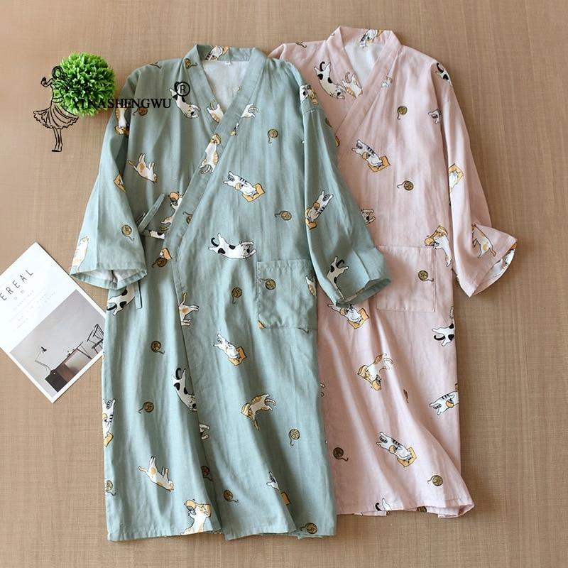 Kimono Yukata femmes pyjamas Homewear vêtements de nuit pour enfants hommes peignoir japonais Kimono Cardigan pyjama Kawaii imprimé chemise de nuit coton