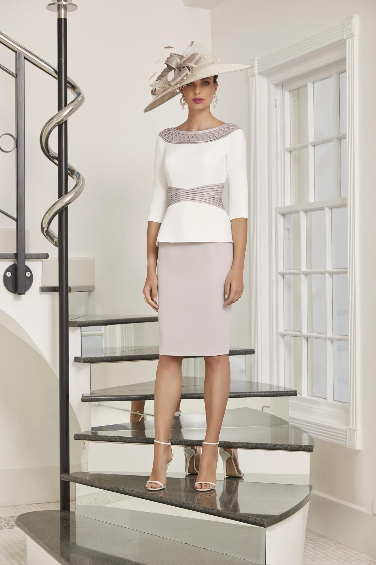 Plus Size Mother Of The Bride Dresses Sheath Scoop Half Sleeves Knee Length Satin Short Groom Mother