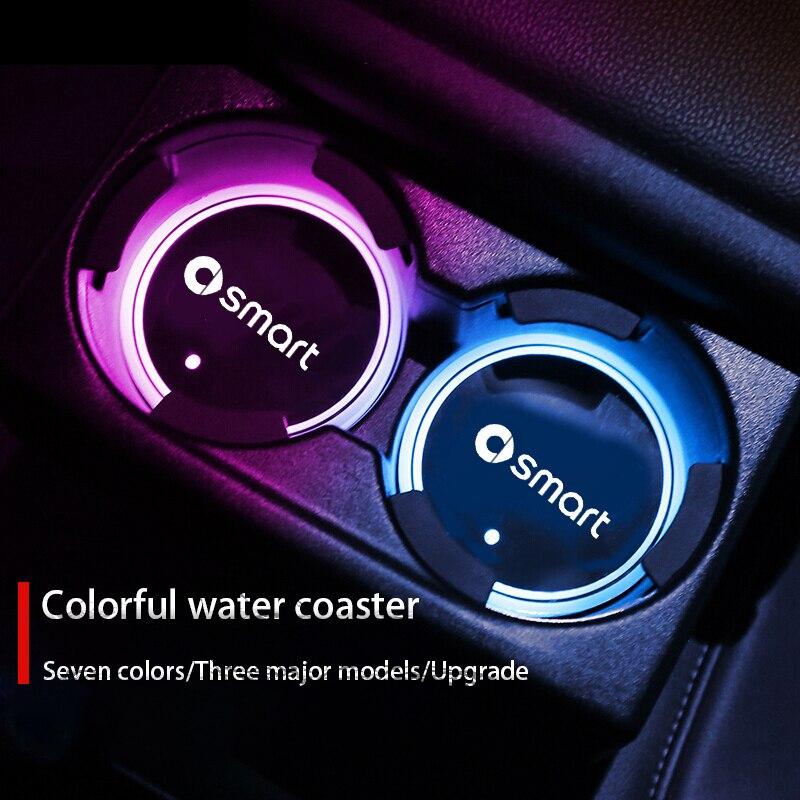 Световой ашины воды подставки под чашки держатель 7 Красочные Зарядка через USB автомобильная светодиодная атмосферная светильник для Smart ...