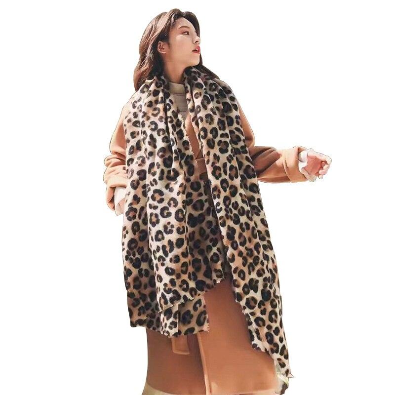 De moda estampado de leopardo chal de cachemir tipo Pashmina gran venta bufanda para mujer clásica impresa Poncho de invierno suave bufanda