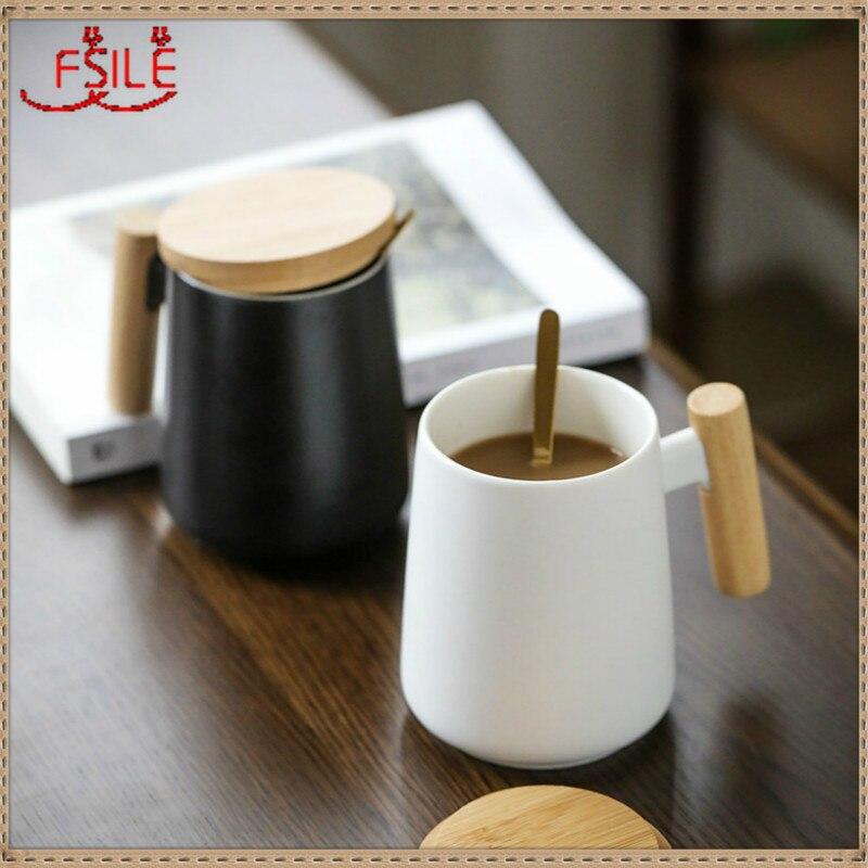 Nordic Neue Design Einfache Weiß Schwarz Keramik Kaffee Becher mit Holzgriff 480ml Wasser Tasse für Business Geschenk Moderne stil Tassen Tassen    -