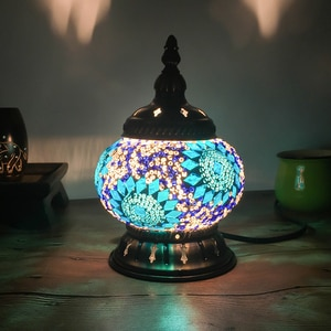 Средиземноморские Ретро стеклянные настольные лампы для спальни прикроватный светильник для гостиной настольные осветительные приборы Т...