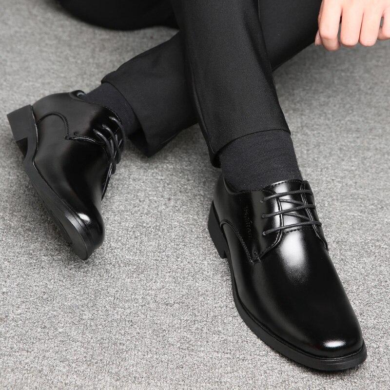 Conception en cuir noir Hommes chaussures à lacets loisirs confortable mode conduite chaussures Hommes baskets chaussures Chaussure Hommes Zapatos