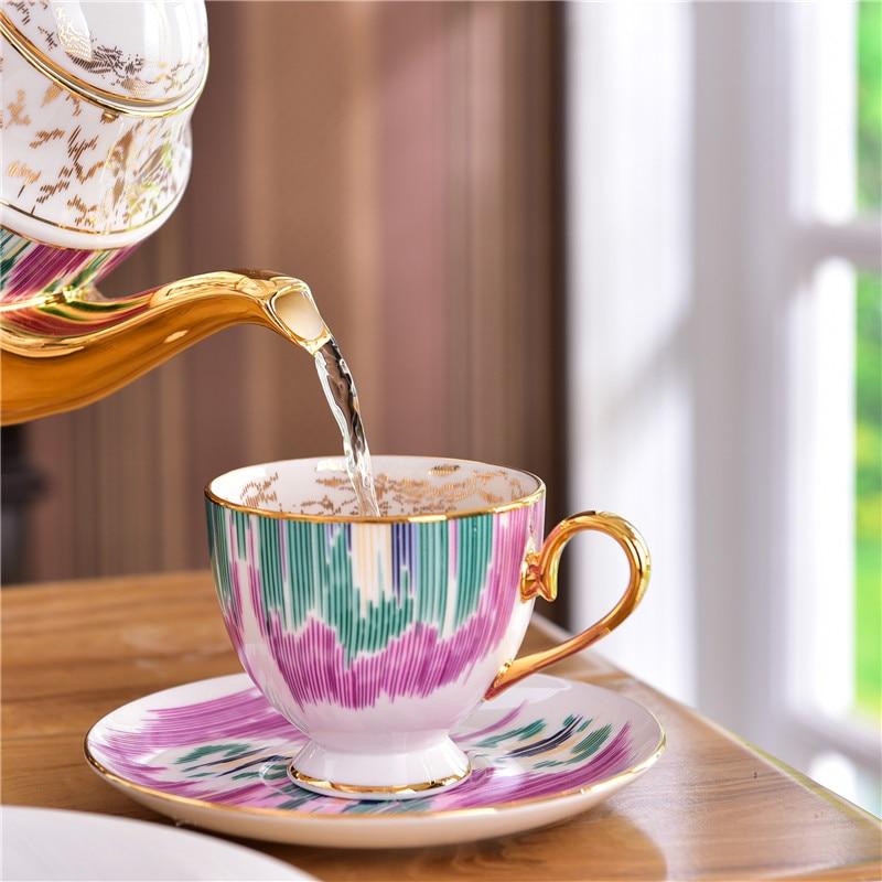 عالية الجودة فنجان القهوة الأوروبي العظام الصين المنزل الشاي القدح وطبق المائدة بعد الظهر البريطانية طويل القامة الصف هدية لصديق