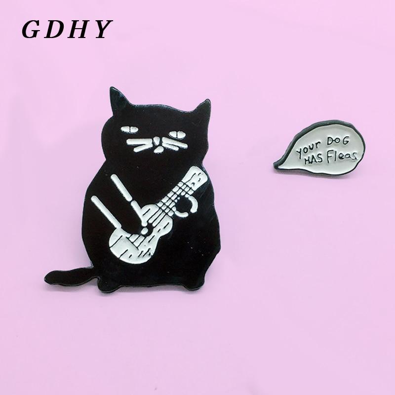 GDHY negro Animal broches de gato jugar guitarra violín Pin esmalte de perro tiene pulgas insignia broche joyas de tela vaquera regalo para amigos