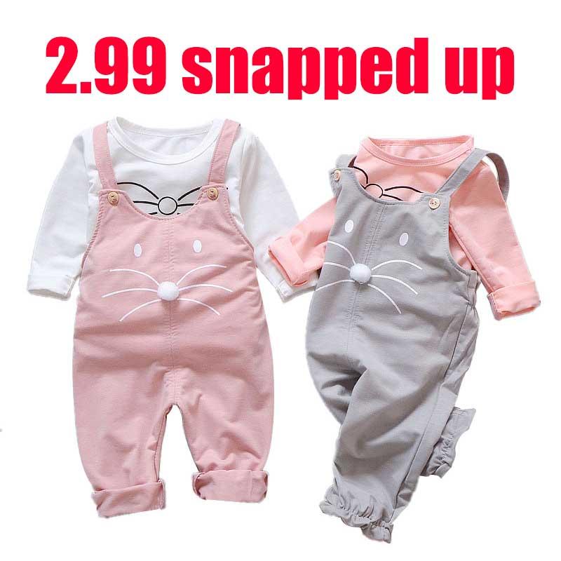 Ropa de bebé niña traje de tirantes ropa de bebé niña estampado de dibujos animados camiseta casual + babero bebé niña linda ropa de dos piezas